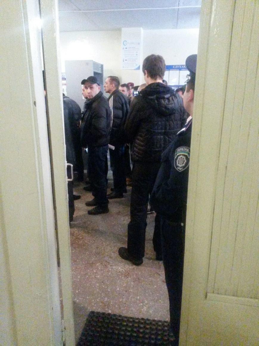 Сегодня активисты «ДК»  предстали перед судом за мелкое хулиганство и неповиновение (ФОТО, Видео), фото-3