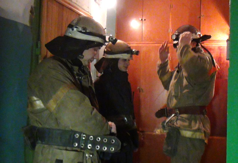В Мариуполе подгоревшая на плите курица  напугала соседей (ФОТО), фото-2