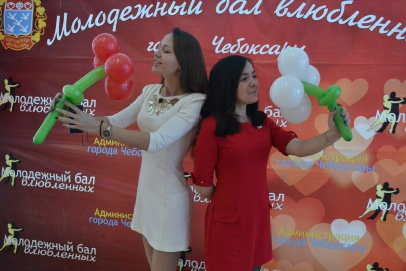 В День святого Валентина в Чебоксарах прошел городской бал влюбленных, фото-2