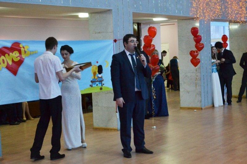 В День святого Валентина в Чебоксарах прошел городской бал влюбленных, фото-8