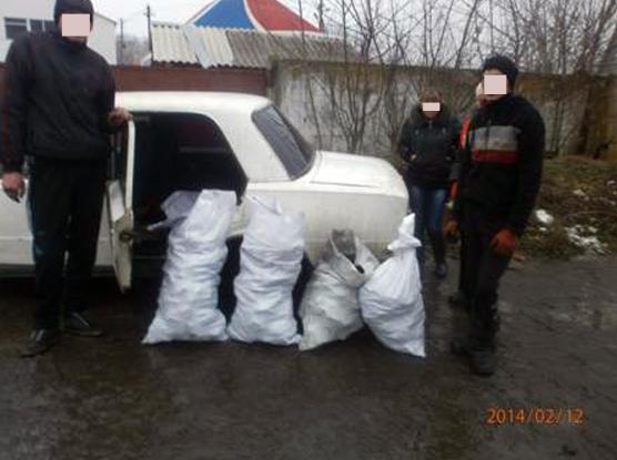 На станции Межевая пытались украсть 240 кг «черного золота», фото-2