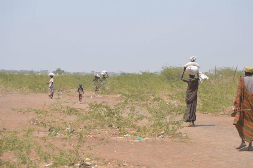 Мариупольцы в Африке спасли детей от смертельно опасного клеща (ФОТО), фото-9
