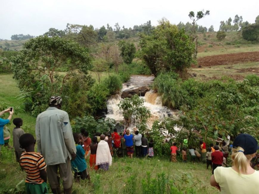 Мариупольцы в Африке спасли детей от смертельно опасного клеща (ФОТО), фото-27