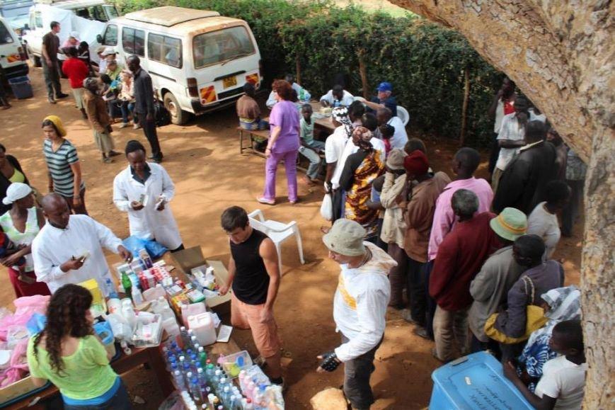Мариупольцы в Африке спасли детей от смертельно опасного клеща (ФОТО), фото-15