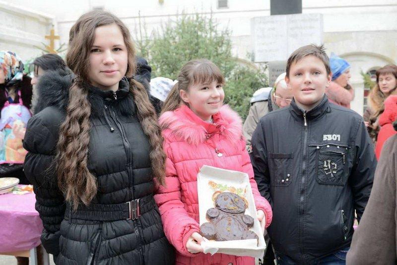 Юные севастопольцы к Сретению вышивали, рисовали и пекли торты [фото] (фото) - фото 1