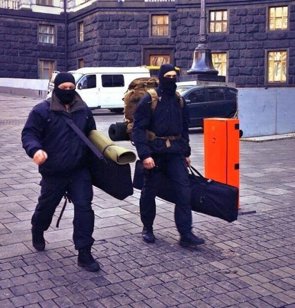 18 февраля 2014 года в Киеве были убиты 9 человек. 0629 вел он-лайн трансляцию тех событий, фото-3