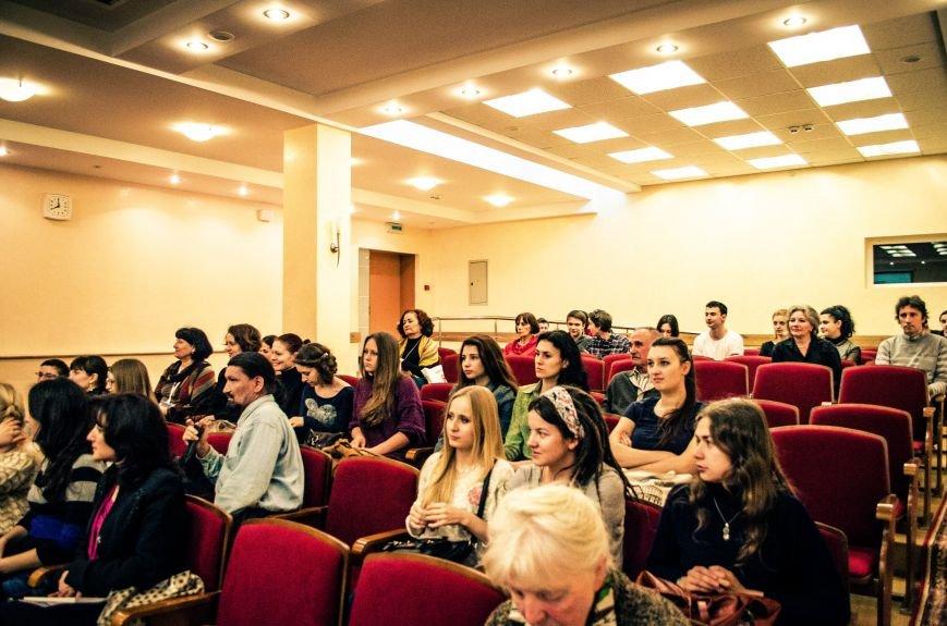 В Симферополе презентовали первое издание турецких легенд на русском языке (ФОТО), фото-1