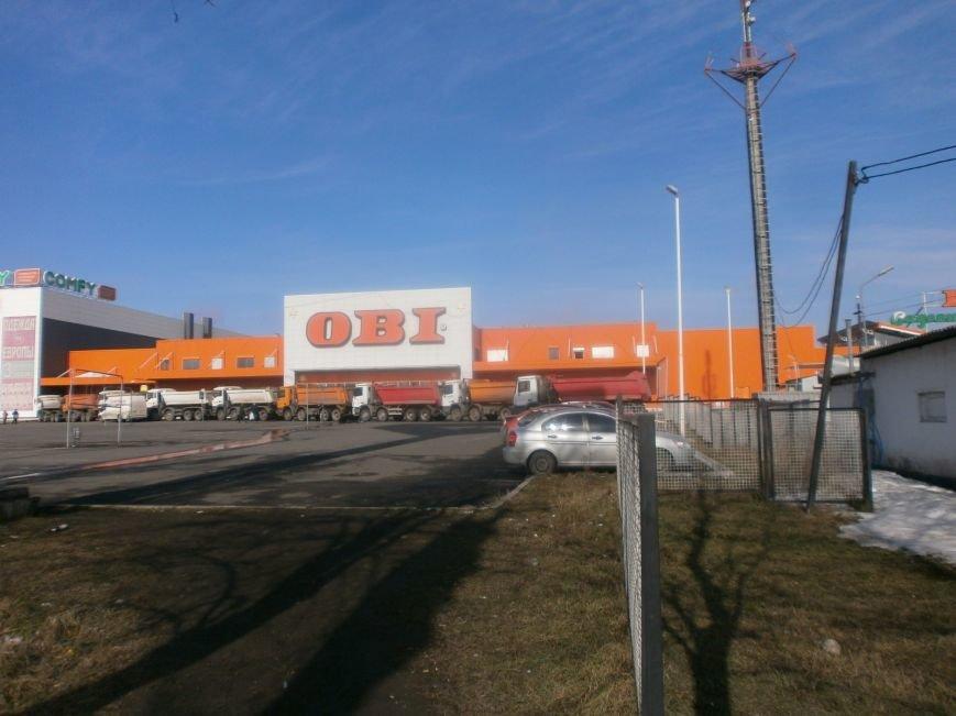 Война гипермаркетов! В Мариуполе «Амстор» забаррикадировал «ОBI» (ФОТО), фото-6