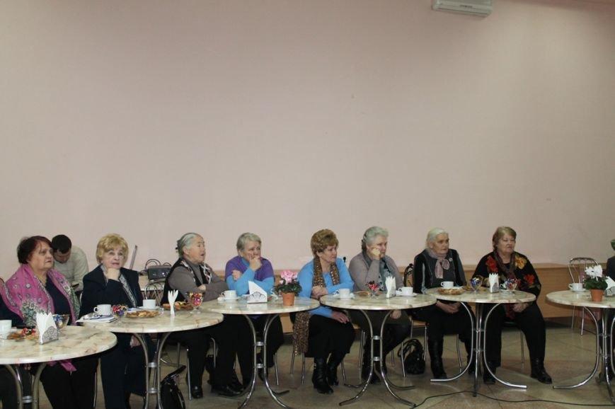 Артемовский городской голова пообещал ветеранам организовать досуг, оформить подписку и помочь материально, фото-2