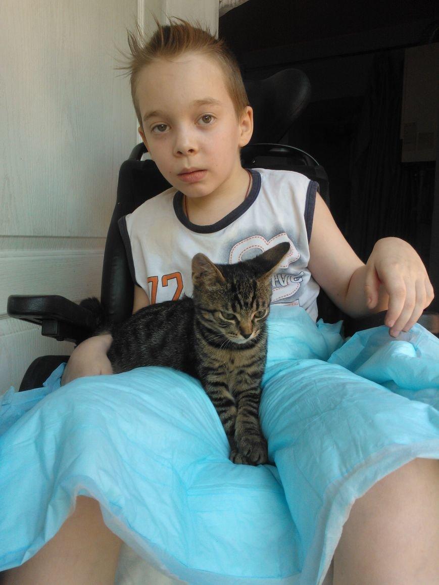 11-летний мариуполец Руслан Колесников вновь сможет разговаривать, если ему помогут (ФОТО), фото-1