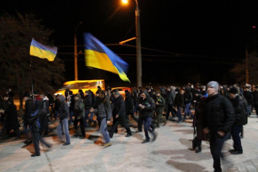 Из-за кровопролития в Киеве в Сумах полтысячи человек устроили марш по улицам города (ФОТО+ВИДЕО), фото-8