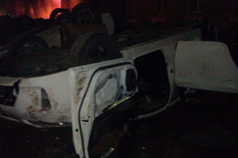 Тернополяни понищили нові службові міліцейські автомобілі (фото), фото-2
