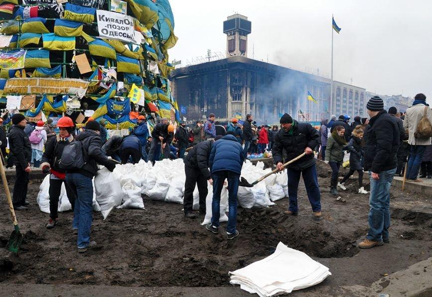 После штурма...Эксклюзивный фоторепортаж из Киева, фото-9