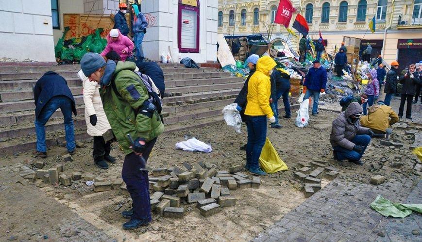 После штурма...Эксклюзивный фоторепортаж из Киева, фото-7