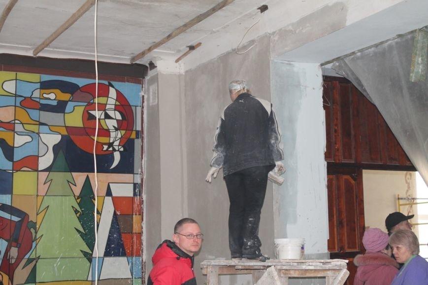 В Артемовской поликлинике заканчивают ремонт на втором этаже, фото-2