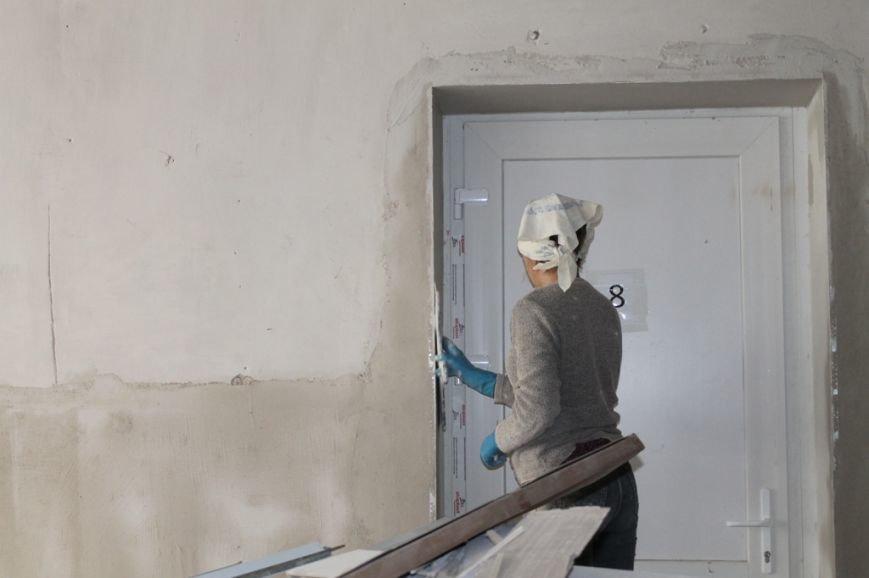 В Артемовской поликлинике заканчивают ремонт на втором этаже, фото-1