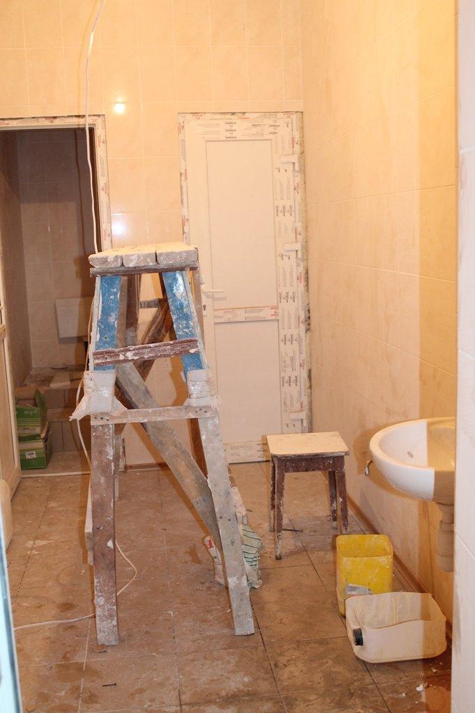 В Артемовской поликлинике заканчивают ремонт на втором этаже, фото-3