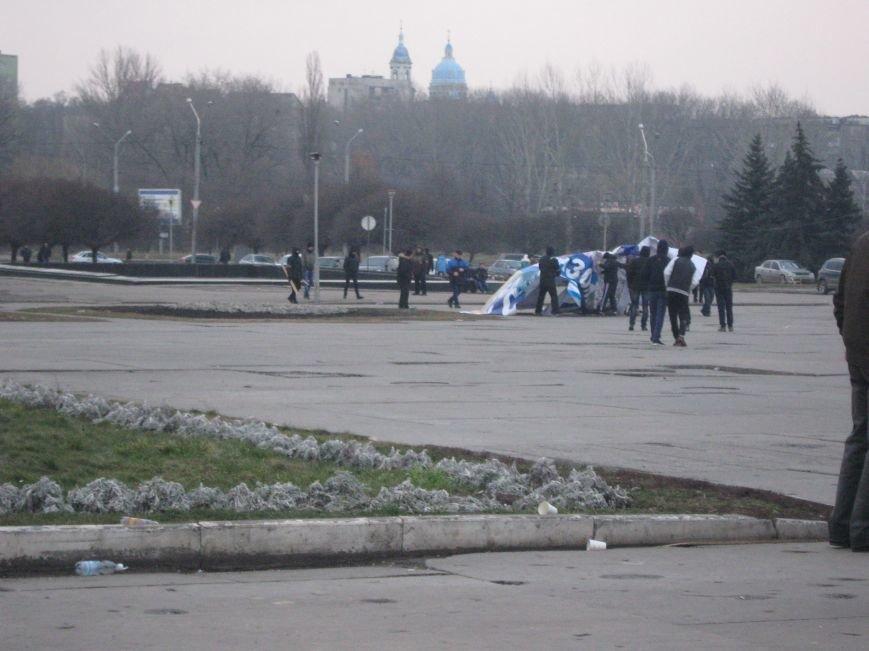 Нападение на офис КПУ в Сумах (ФОТО), фото-1