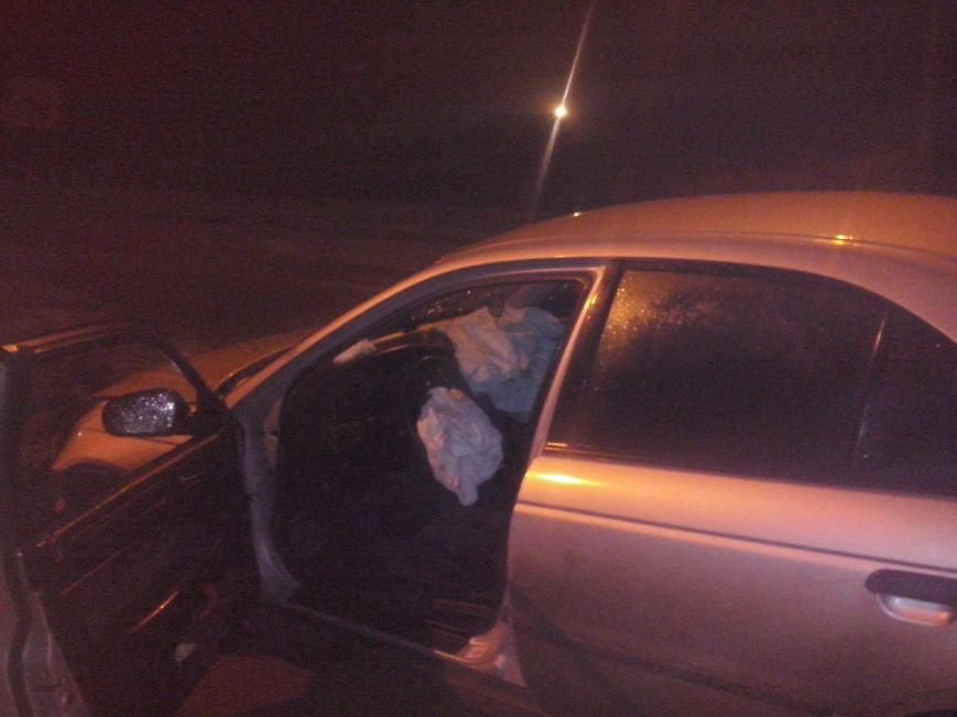 Неподалік Тернополя п'яні чоловіки скоїли ДТП  – Самооборона допомогла постраждалим (фото), фото-4