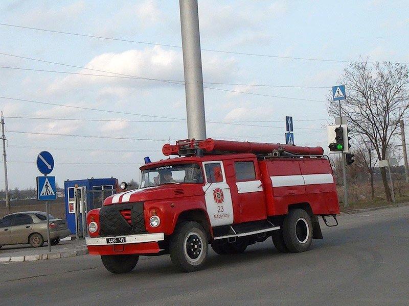 В Мариуполе чуть не сгорели склады (ФОТО), фото-6