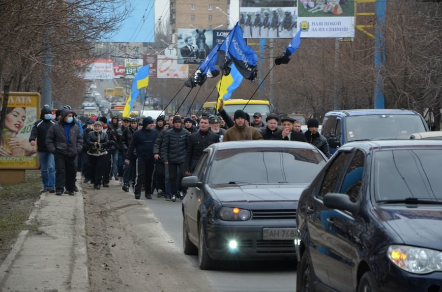 В Мариуполе Антимайдан пришел к Ленину поговорить со сторонниками Майдана (Дополнено ФОТО), фото-31
