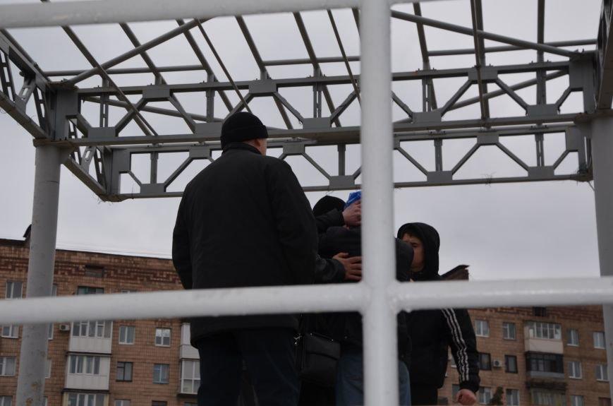 В Мариуполе Антимайдан пришел к Ленину поговорить со сторонниками Майдана (Дополнено ФОТО), фото-108