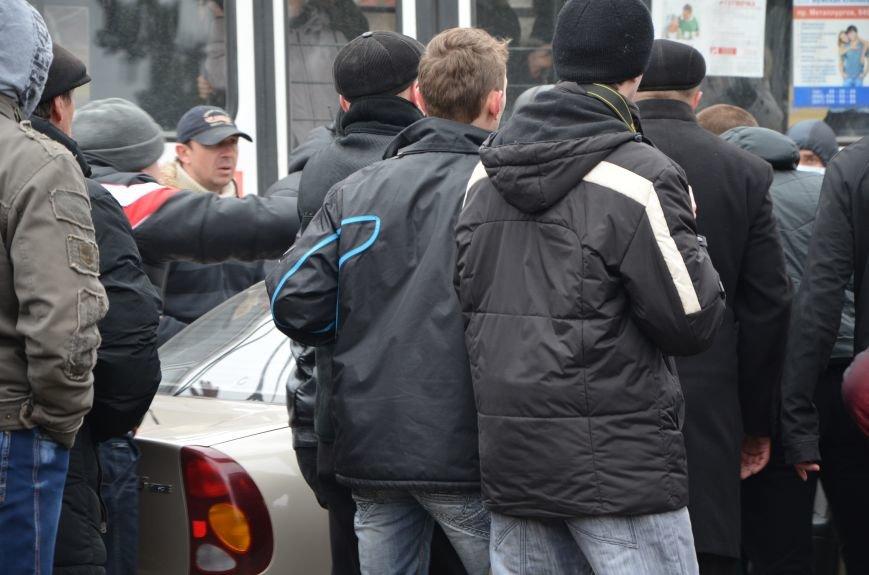 В Мариуполе Антимайдан пришел к Ленину поговорить со сторонниками Майдана (Дополнено ФОТО), фото-129