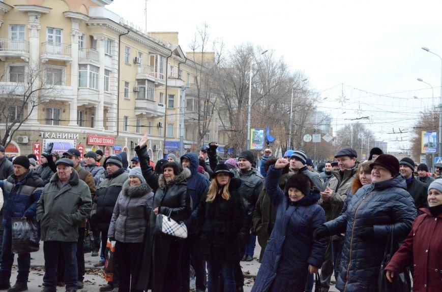 В Мариуполе Антимайдан пришел к Ленину поговорить со сторонниками Майдана (Дополнено ФОТО), фото-14
