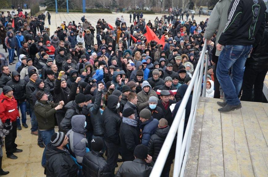 В Мариуполе Антимайдан пришел к Ленину поговорить со сторонниками Майдана (Дополнено ФОТО), фото-101