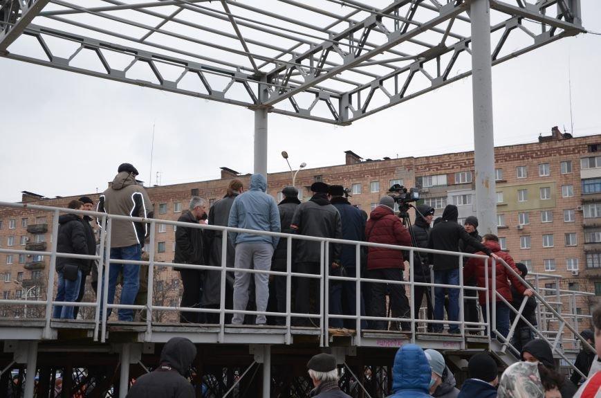 В Мариуполе Антимайдан пришел к Ленину поговорить со сторонниками Майдана (Дополнено ФОТО), фото-117