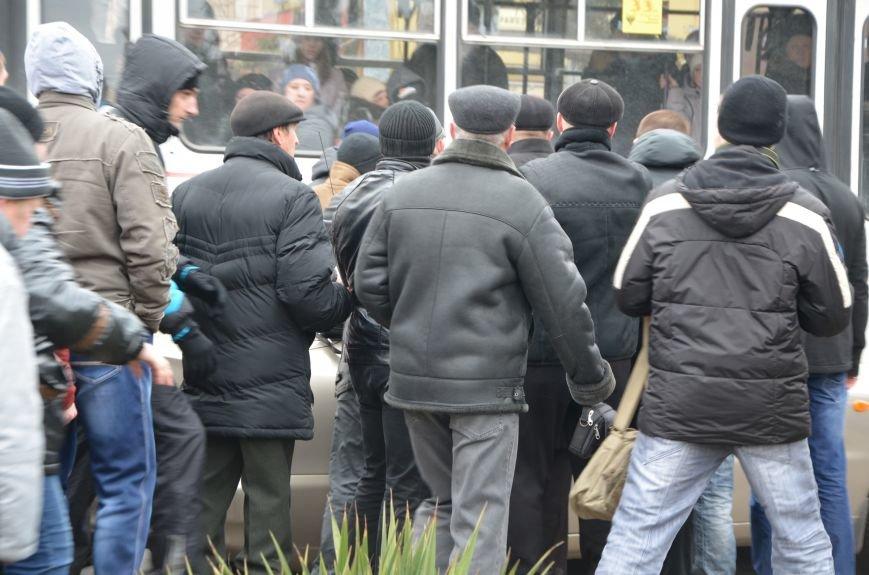 В Мариуполе Антимайдан пришел к Ленину поговорить со сторонниками Майдана (Дополнено ФОТО), фото-131