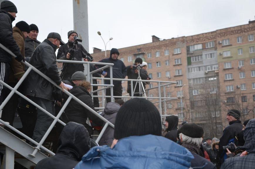 В Мариуполе Антимайдан пришел к Ленину поговорить со сторонниками Майдана (Дополнено ФОТО), фото-121