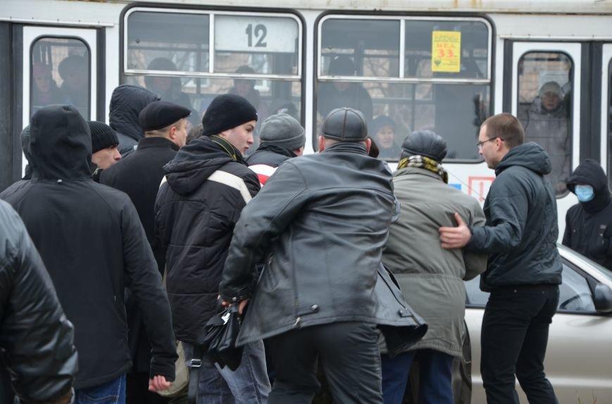 В Мариуполе Антимайдан пришел к Ленину поговорить со сторонниками Майдана (Дополнено ФОТО), фото-124