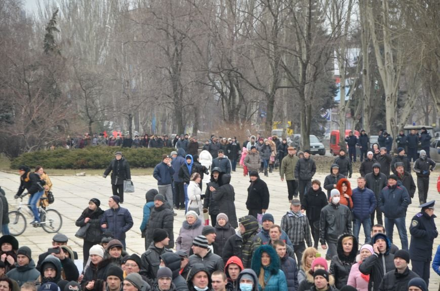 В Мариуполе Антимайдан пришел к Ленину поговорить со сторонниками Майдана (Дополнено ФОТО), фото-60