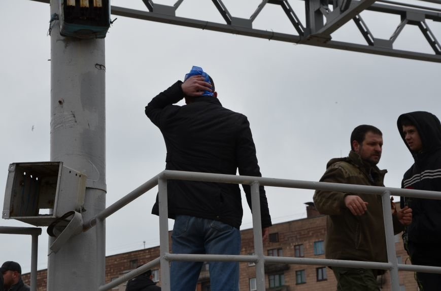 В Мариуполе Антимайдан пришел к Ленину поговорить со сторонниками Майдана (Дополнено ФОТО), фото-106
