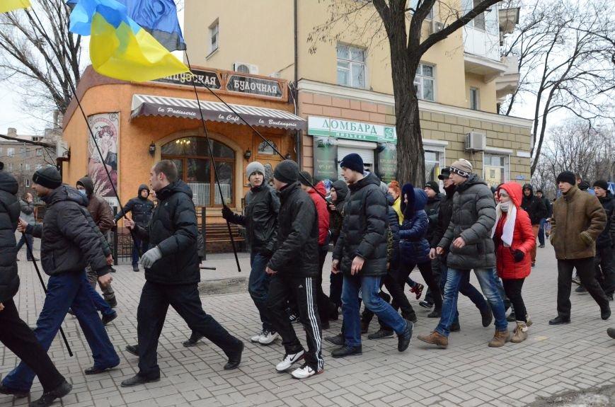 В Мариуполе Антимайдан пришел к Ленину поговорить со сторонниками Майдана (Дополнено ФОТО), фото-22
