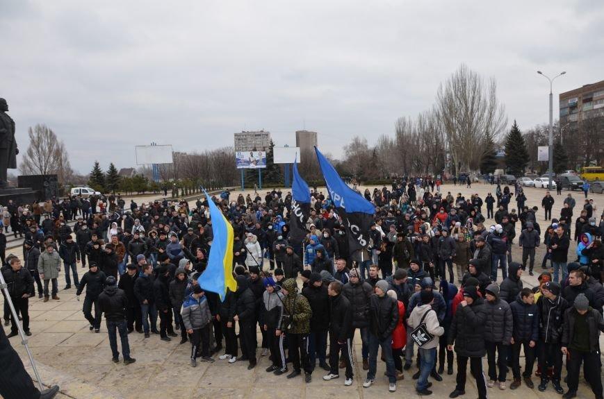 В Мариуполе Антимайдан пришел к Ленину поговорить со сторонниками Майдана (Дополнено ФОТО), фото-54