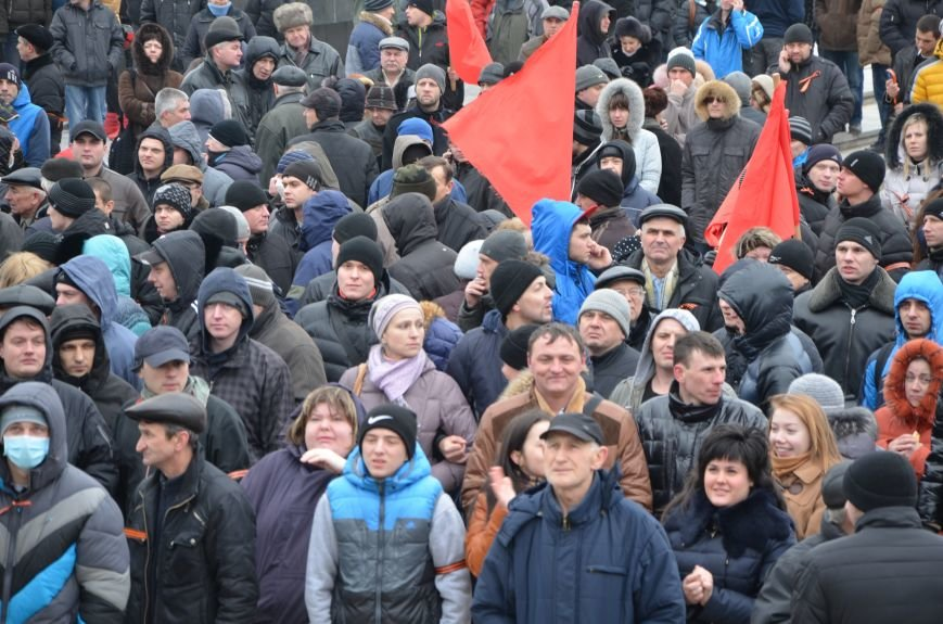 В Мариуполе Антимайдан пришел к Ленину поговорить со сторонниками Майдана (Дополнено ФОТО), фото-90