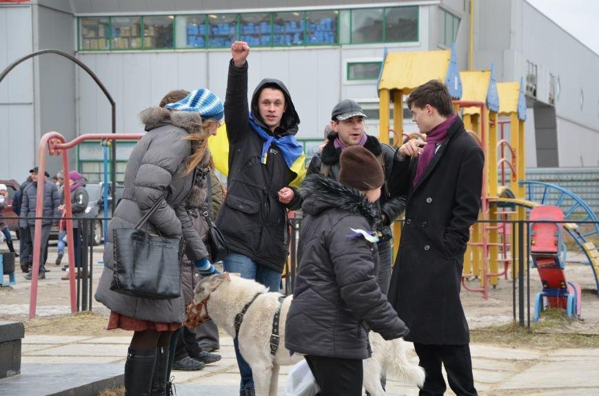 В Мариуполе Антимайдан пришел к Ленину поговорить со сторонниками Майдана (Дополнено ФОТО), фото-45