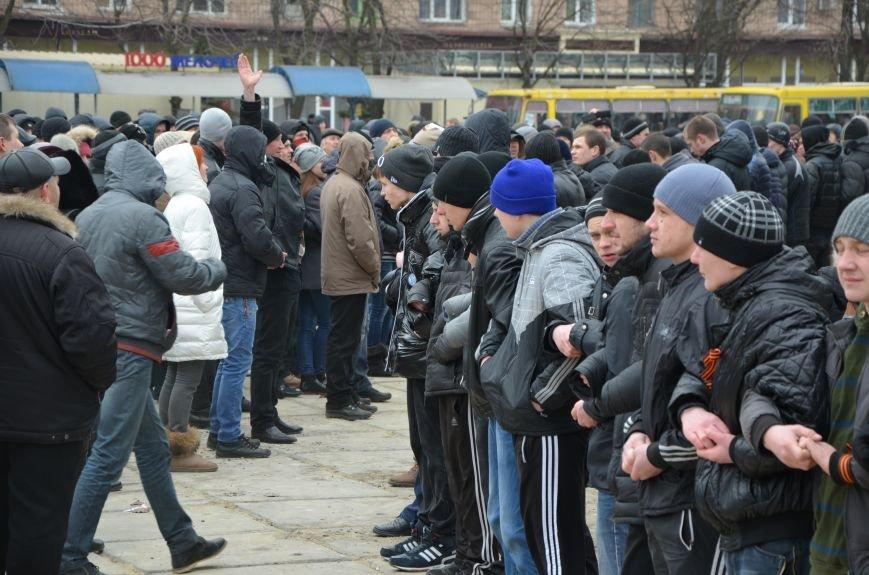 В Мариуполе Антимайдан пришел к Ленину поговорить со сторонниками Майдана (Дополнено ФОТО), фото-137