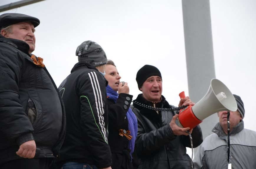 В Мариуполе Антимайдан пришел к Ленину поговорить со сторонниками Майдана (Дополнено ФОТО), фото-68