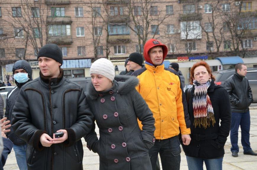 В Мариуполе Антимайдан пришел к Ленину поговорить со сторонниками Майдана (Дополнено ФОТО), фото-70