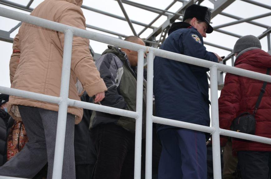 В Мариуполе Антимайдан пришел к Ленину поговорить со сторонниками Майдана (Дополнено ФОТО), фото-119