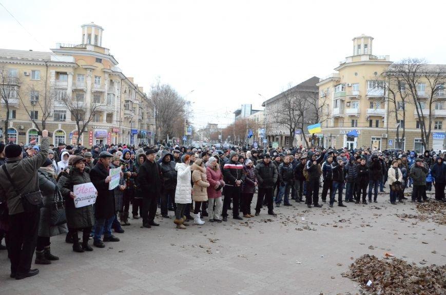 В Мариуполе Антимайдан пришел к Ленину поговорить со сторонниками Майдана (Дополнено ФОТО), фото-2