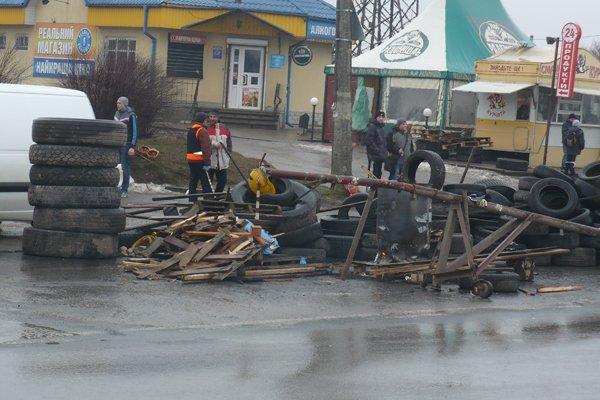 Що відбувається на блок-постах у Тернополі? (фото), фото-2