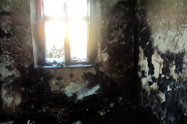 На Тернопільщині 26-річний зять підпалив хату з сім'єю  – є загиблі та постраждалі (ФОТО), фото-2