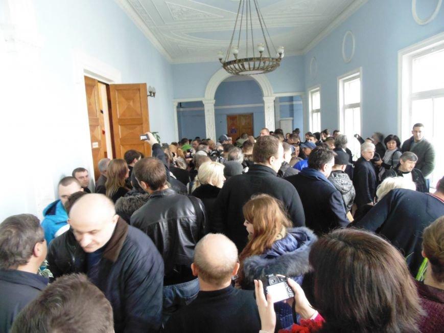 Ялтинский мэр покинул должность и сессионный зал под возмущенные выкрики общественности, фото-1