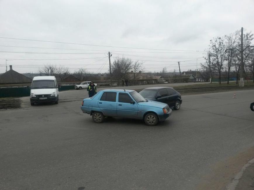 В Мариуполе «Славута» спровоцировала аварию на перекрестке (Фотофакт), фото-3