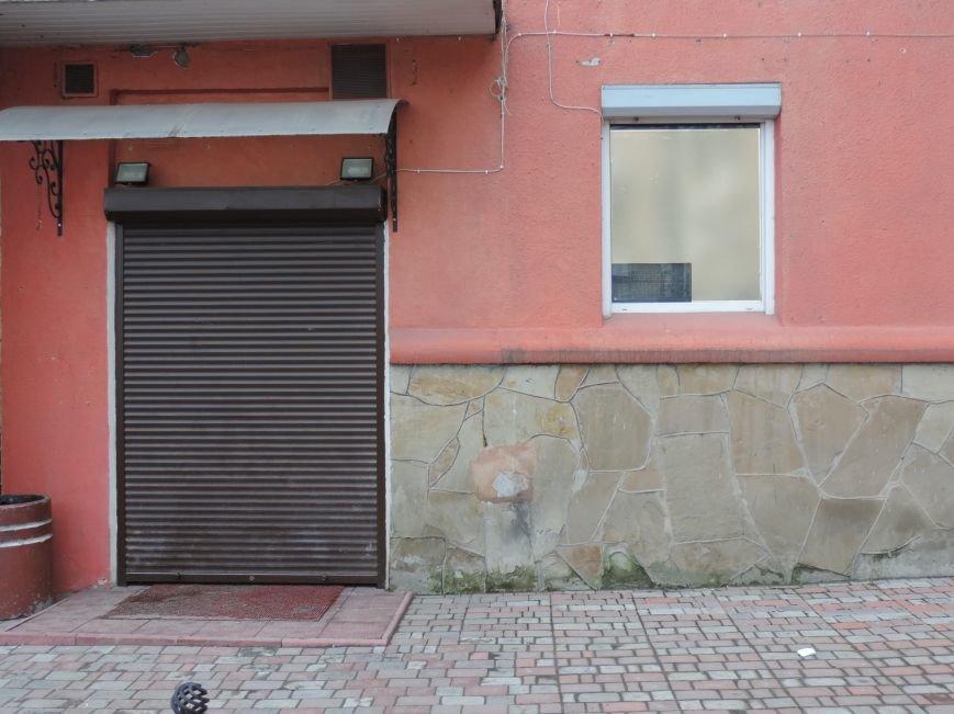 Чи діють у Тернополі заклади грального бізнесу з'ясовували активісти і міліціонери (фото), фото-1