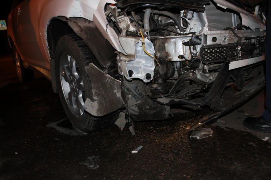 На самом аварийном перекрёстке Кривого Рога девушка разбила внедорожник и маршрутку (ФОТО), фото-3